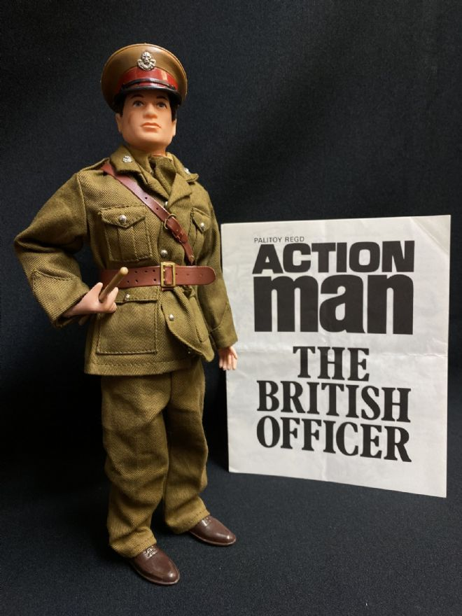 ACTION MAN - BRITISH OFFICER FIGURE - COMPLETE (Ref2)